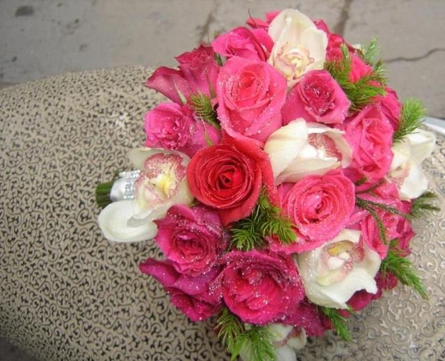 Hoa hồng tặng sinh nhật bạn gái